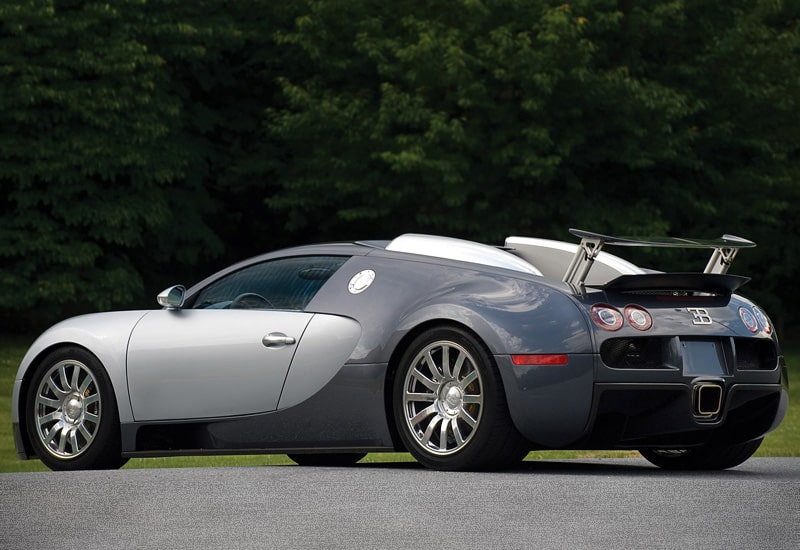 is bugatti veyron eb 16 4 the fastest production car in. Black Bedroom Furniture Sets. Home Design Ideas