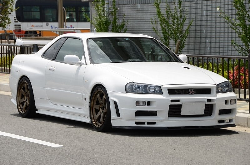 Why Nissan Skyline Gt R Series Are Illegal In Usa