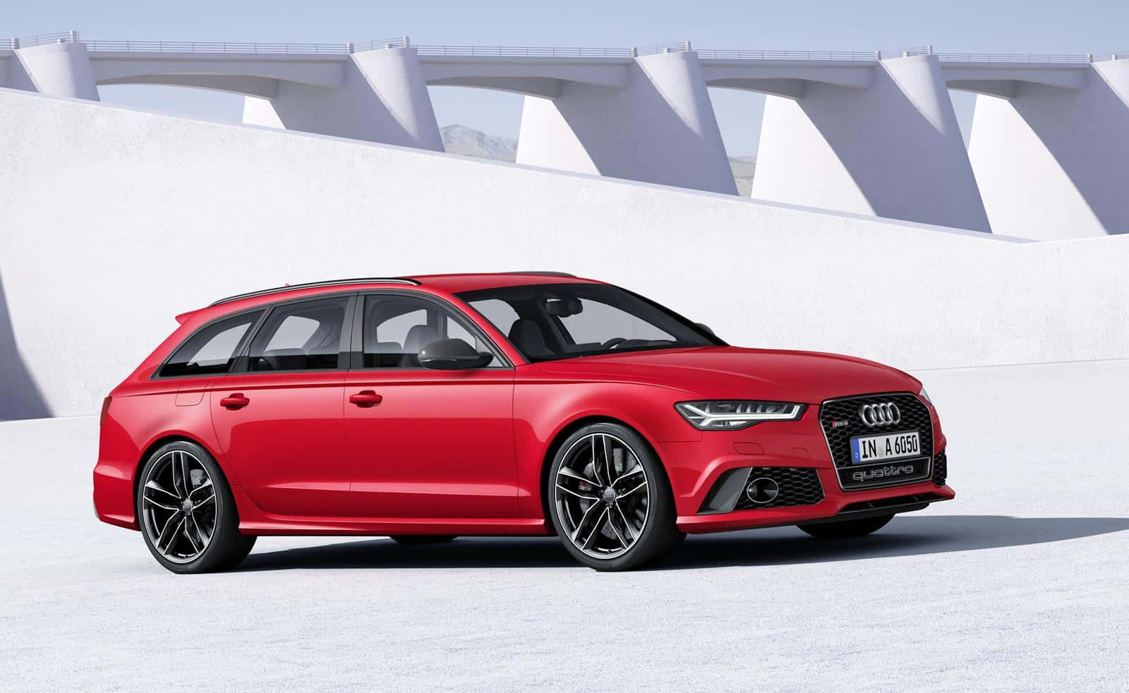 2015 Audi RS6 Avant Photos and Specifications | PrettyMotors.com