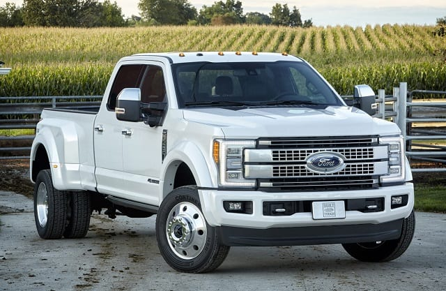 All New 2017 Ford F 450 Super Duty Platinum Crew Cab 4 Cl 3 Dual Rear Wheel Pickup Is The Top Of Line Luxury Model And Tow Boss Lineup