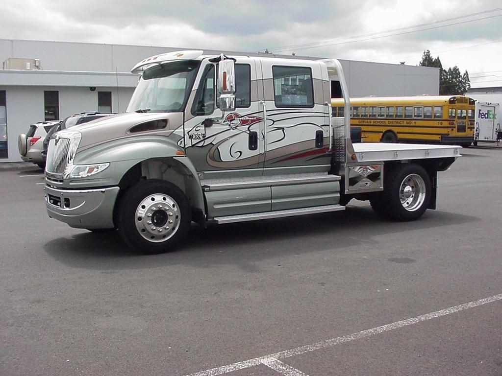 The Initial International Rxt Release Featured A 4400 Chis Better Known As Durastar And Came With Four Door Crew Cab Pickup Design