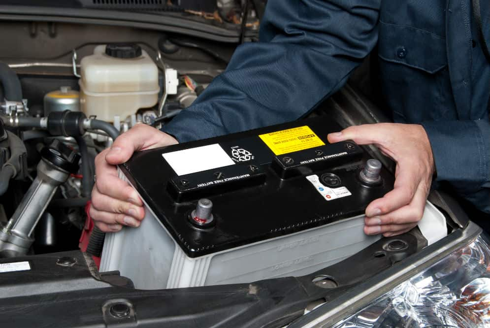 how long do car batteries last and how to make it last longer rh prettymotors com